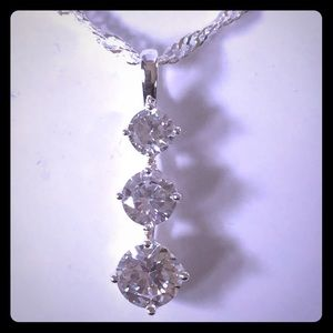 NWT - Charter Club 3 stone silver necklace